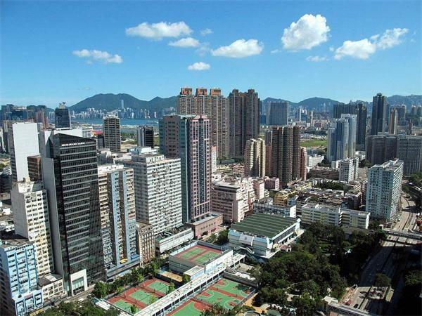 香港工业大厦如何成功转型以促进经济发展