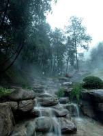 天景·雨山前