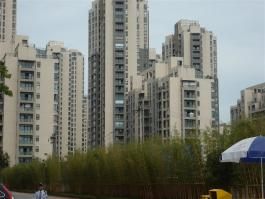 钱江·彩虹城