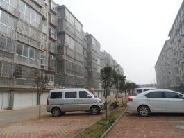 焦庄花园小区位于依云小镇北方