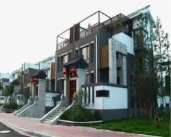 沂龙湾曦园位于城市主人北方