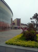 心海广场位于海信·燕岛国际公寓西方