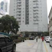 宏泰公寓位于翠湖天地御苑西北方