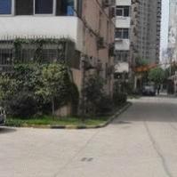 众盛公寓位于世茂滨江花园东南方