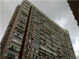 河畔明珠公寓