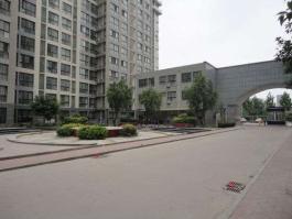鑫润北国之春位于德润玫瑰熙园东南方
